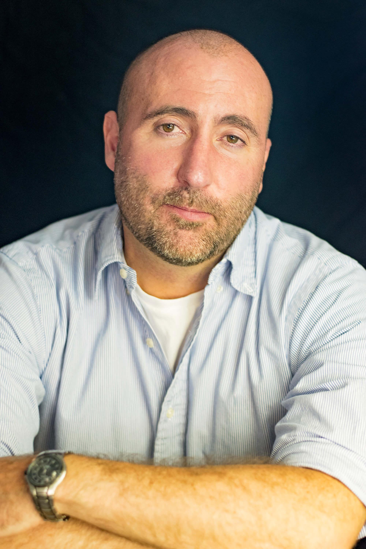 Dan Hoyt author headshot