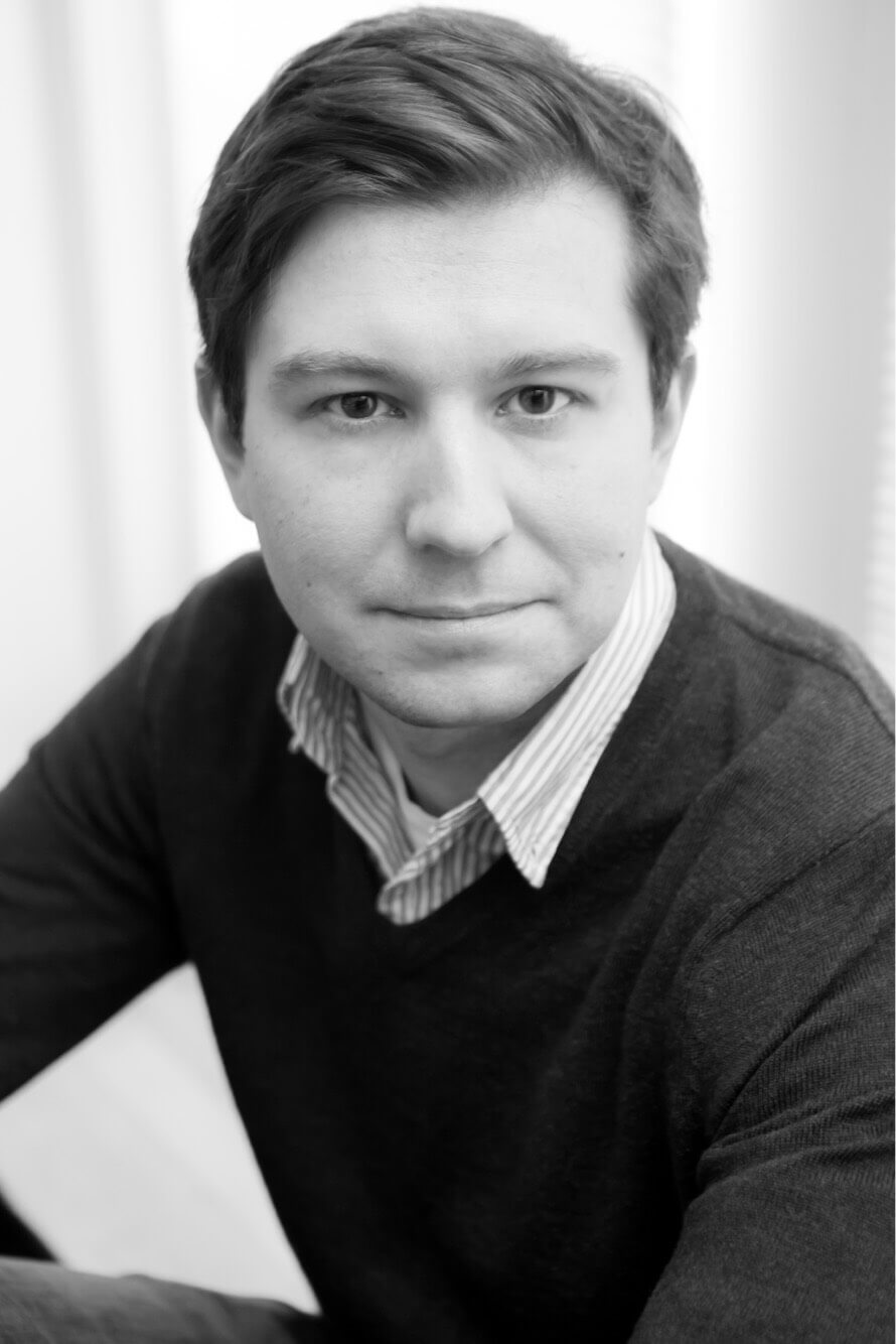 Nick Dybeck author headshot