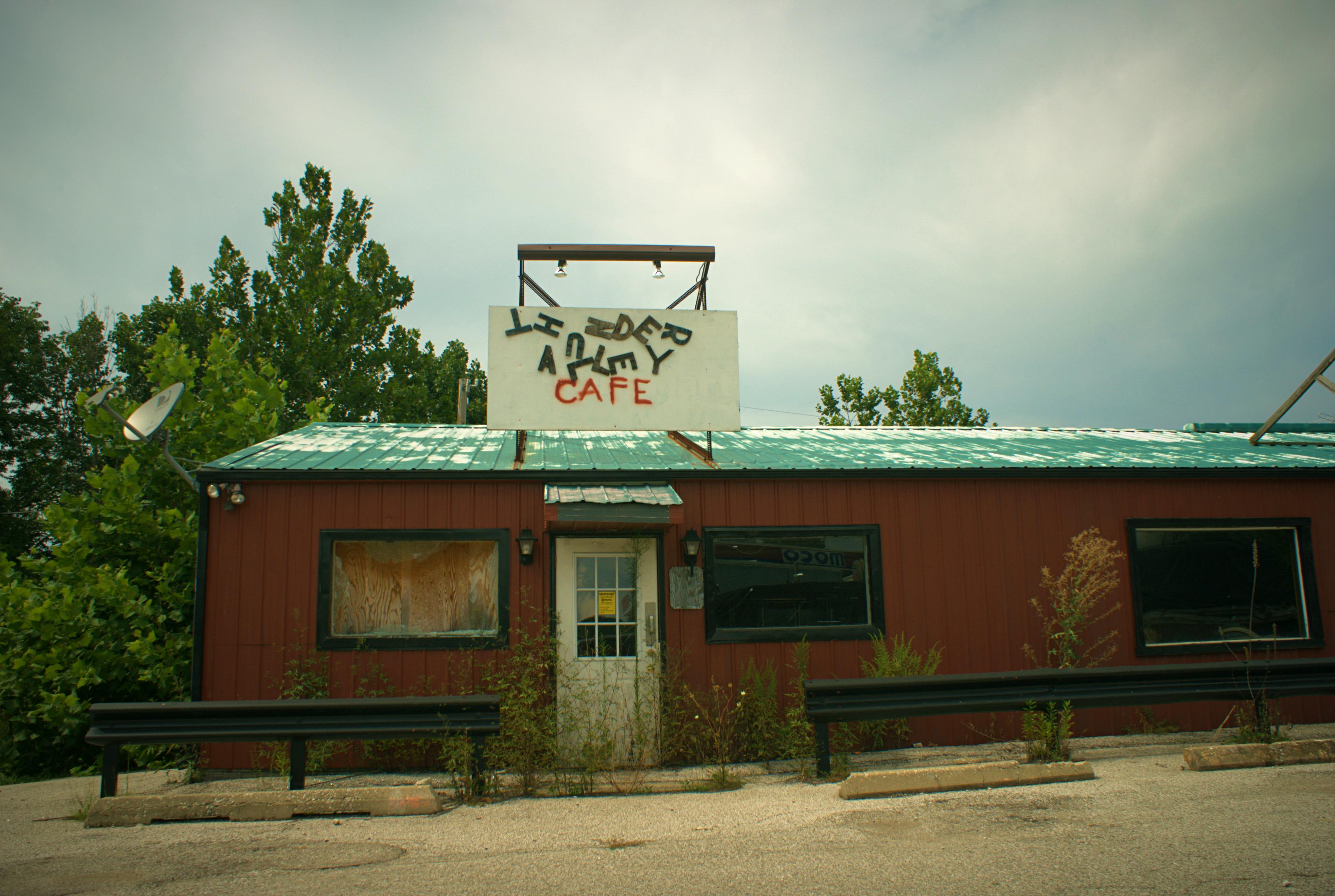 """""""Thunder Alley Cafe"""" (c) Rachel Hartley-Smith"""